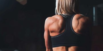 How To Combat Pain Between The Shoulder Blades